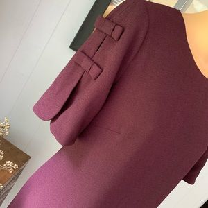 Vince Camuto pretty plum shift dress! Like NEW!